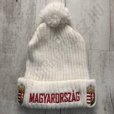 Téli bojtos kötött sapka, fehér-magyarország felirattal